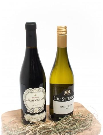 Vingave med rødvin og hvidvin